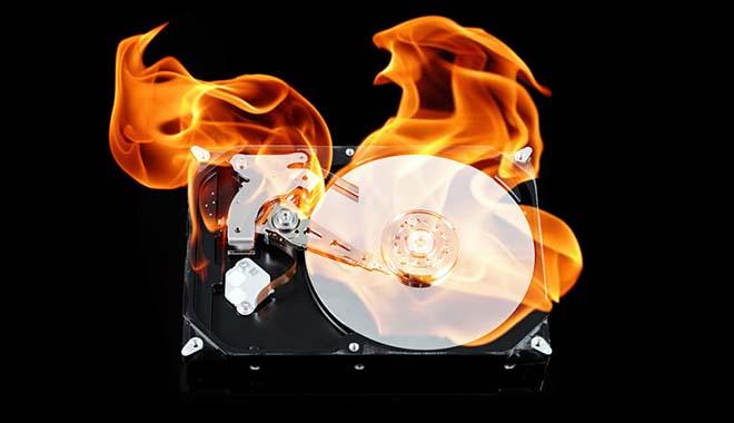Горящий жесткий диск